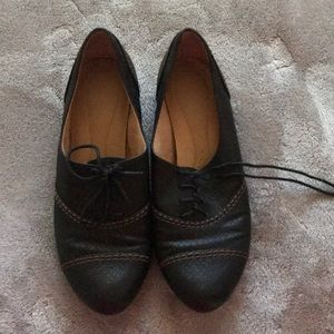 Cute lace up shoes